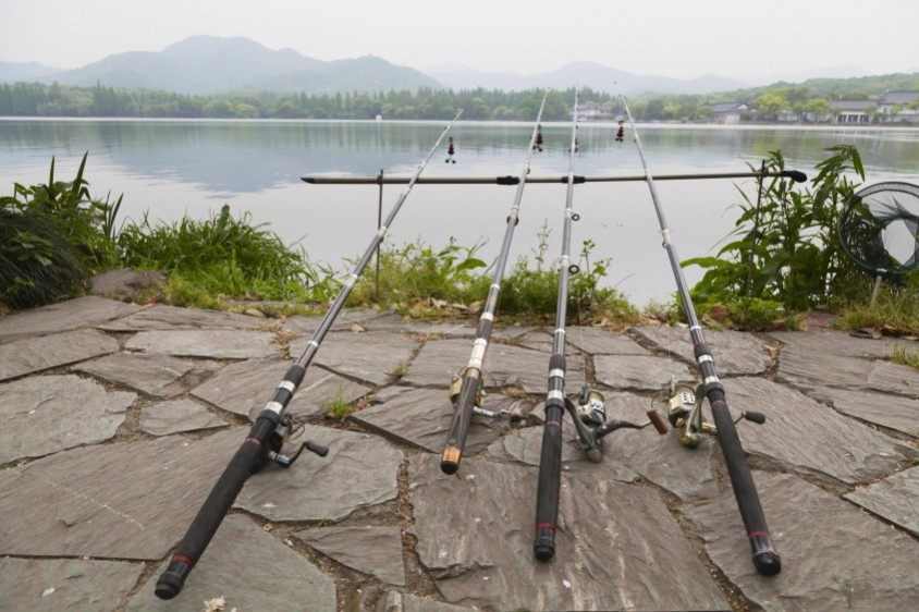 Up your angling game with these 5 fishing gadgets the dig for Fishing channel on dish