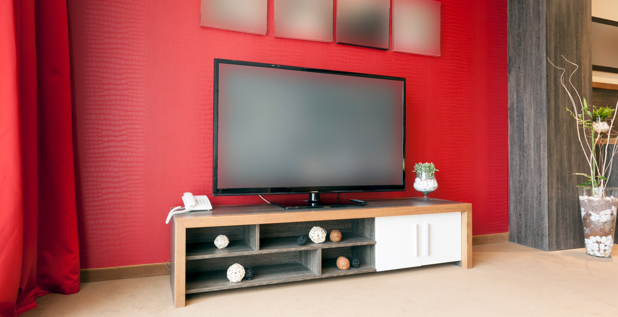 5 tips for a legit entertainment room in a small space for Entertainment center ideas small spaces